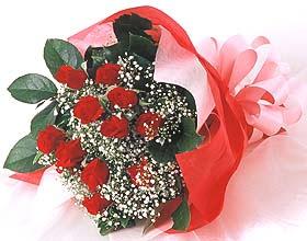 12 adet kirmizi gül buketi  Çankırı çiçek satışı