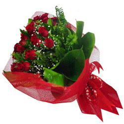 Çankırı çiçek siparişi vermek  12 adet kirmizi essiz gül buketi - SEVENE ÖZEL