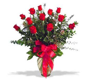 çiçek siparisi 11 adet kirmizi gül cam vazo  Çankırı çiçekçi telefonları