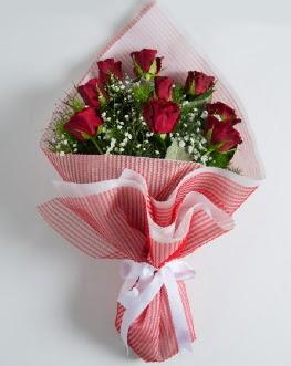 9 adet kırmızı gülden buket  Çankırı çiçek mağazası , çiçekçi adresleri