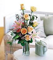 Çankırı kaliteli taze ve ucuz çiçekler  cam yada mika vazo içerisinde gül kazablanka