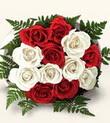 Çankırı kaliteli taze ve ucuz çiçekler  10 adet kirmizi beyaz güller - anneler günü için ideal seçimdir -