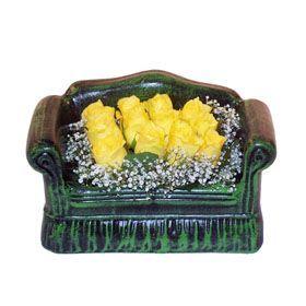 Seramik koltuk 12 sari gül   Çankırı güvenli kaliteli hızlı çiçek
