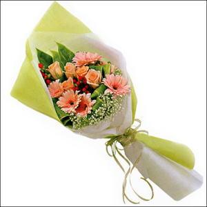 sade güllü buket demeti  Çankırı online çiçekçi , çiçek siparişi