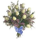 bir düzine beyaz gül buketi   Çankırı anneler günü çiçek yolla