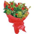 10 adet kirmizi gül buketi  Çankırı hediye sevgilime hediye çiçek