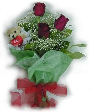 3 adet gül ve küçük ayicik buketi  Çankırı çiçek satışı