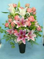 Çankırı İnternetten çiçek siparişi  cam vazo içerisinde 21 gül 1 kazablanka