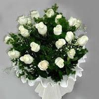 Çankırı yurtiçi ve yurtdışı çiçek siparişi  11 adet beyaz gül buketi ve bembeyaz amnbalaj