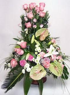 Çankırı güvenli kaliteli hızlı çiçek  özel üstü süper aranjman