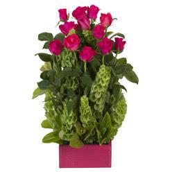 12 adet kirmizi gül aranjmani  Çankırı internetten çiçek siparişi