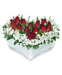 Çankırı çiçek yolla  mika kalp içerisinde 9 adet kirmizi gül