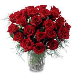 Çankırı anneler günü çiçek yolla  11 adet kirmizi gül cam yada mika vazo içerisinde