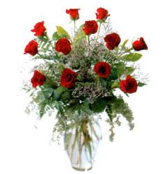 Vazo içerisinde 11 kirmizi gül  Çankırı çiçek gönderme