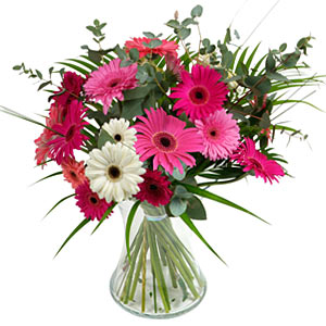 15 adet gerbera ve vazo çiçek tanzimi  Çankırı çiçekçi telefonları