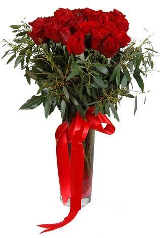 15 adet kirmizi gül cam vazo içerisinde  Çankırı İnternetten çiçek siparişi