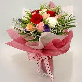 Karisik renklerde 11 adet gül buketi  Çankırı çiçek online çiçek siparişi