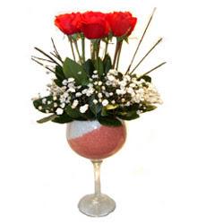 Çankırı çiçek gönderme sitemiz güvenlidir  cam kadeh içinde 7 adet kirmizi gül çiçek