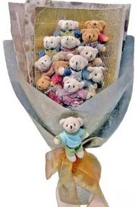 12 adet ayiciktan buket tanzimi  Çankırı çiçek satışı