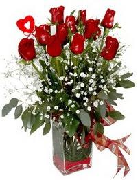 Çankırı çiçek gönderme  9 adet mika yada cam vazoda gül tanzimi kalp çubuk