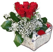 Çankırı online çiçek gönderme sipariş  kalp mika içerisinde 7 adet kirmizi gül