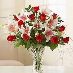Çankırı internetten çiçek siparişi  12 adet kırmızı gül 1 dal kazablanka çiçeği