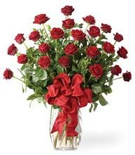 Sevgilime sıradışı hediye güller 24 gül  Çankırı hediye çiçek yolla