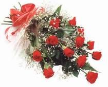 Çankırı kaliteli taze ve ucuz çiçekler  12 adet kirmizi gül seffaf