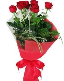5 adet kırmızı gülden buket  Çankırı çiçek siparişi vermek