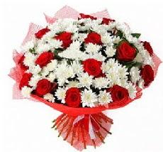 11 adet kırmızı gül ve 1 demet krizantem  Çankırı internetten çiçek siparişi