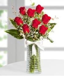 7 Adet vazoda kırmızı gül sevgiliye özel  Çankırı çiçek yolla , çiçek gönder , çiçekçi