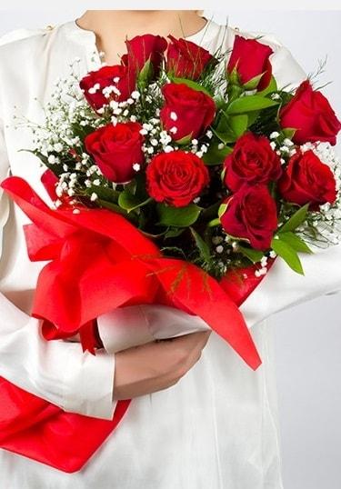 Aşk Gülleri 11 Adet kırmızı gül buketi  Çankırı çiçek servisi , çiçekçi adresleri